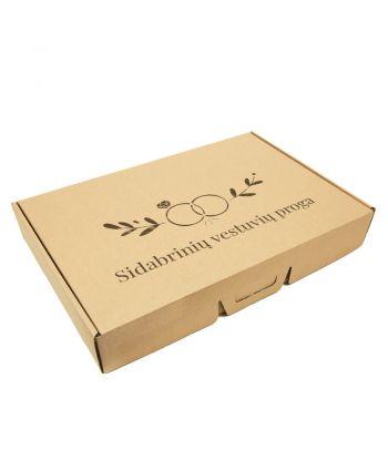 Personalizuota kartoninė dovanų dėžutė vestuvių proga