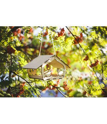 Medinė lesykla paukščiams Volungės