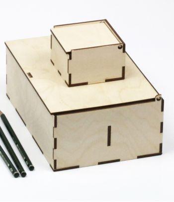 Medinė kvadratinė dovanų dėžutė D2 XS
