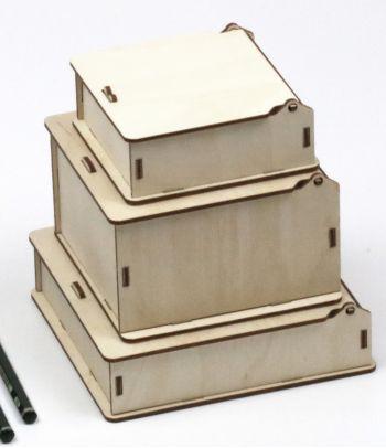 Medinė kvadratinė dovanų dėžutė D2 S