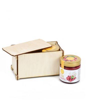 Kalėdinė dovana medaus skanėstas su dovanų dėžute